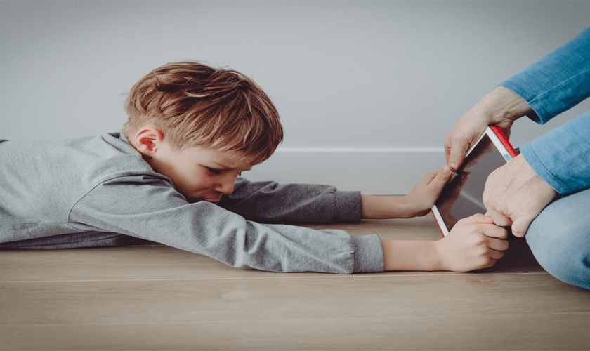 Kid's screen time: It's okay, you don't need to burn all your gadgets
